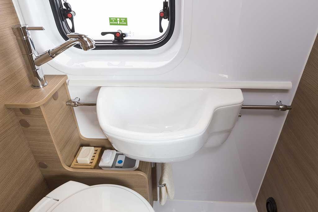 Kyros-2-EXP-banio-lavabo-posicion2