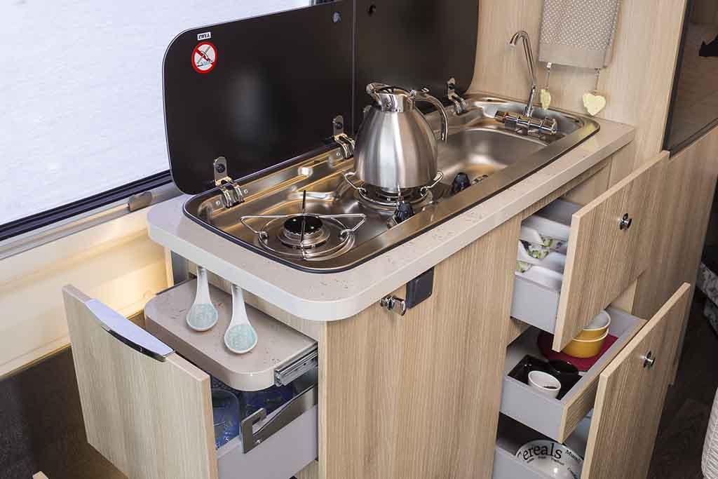 Kyros-2-Prestige-cocina-cajon-abierto