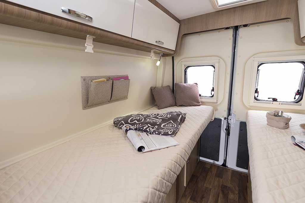 Kyros-6-EXP-dormitorio-2-camas