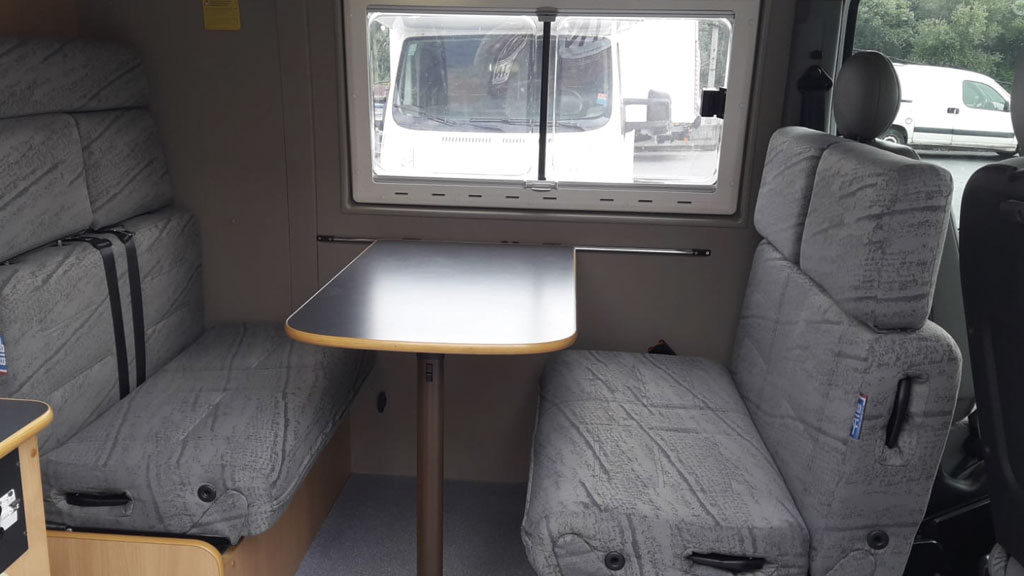 renault master sintermovil asientos mesa