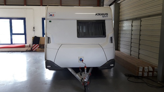 KNAUS 450FU SPORT exterior enganche